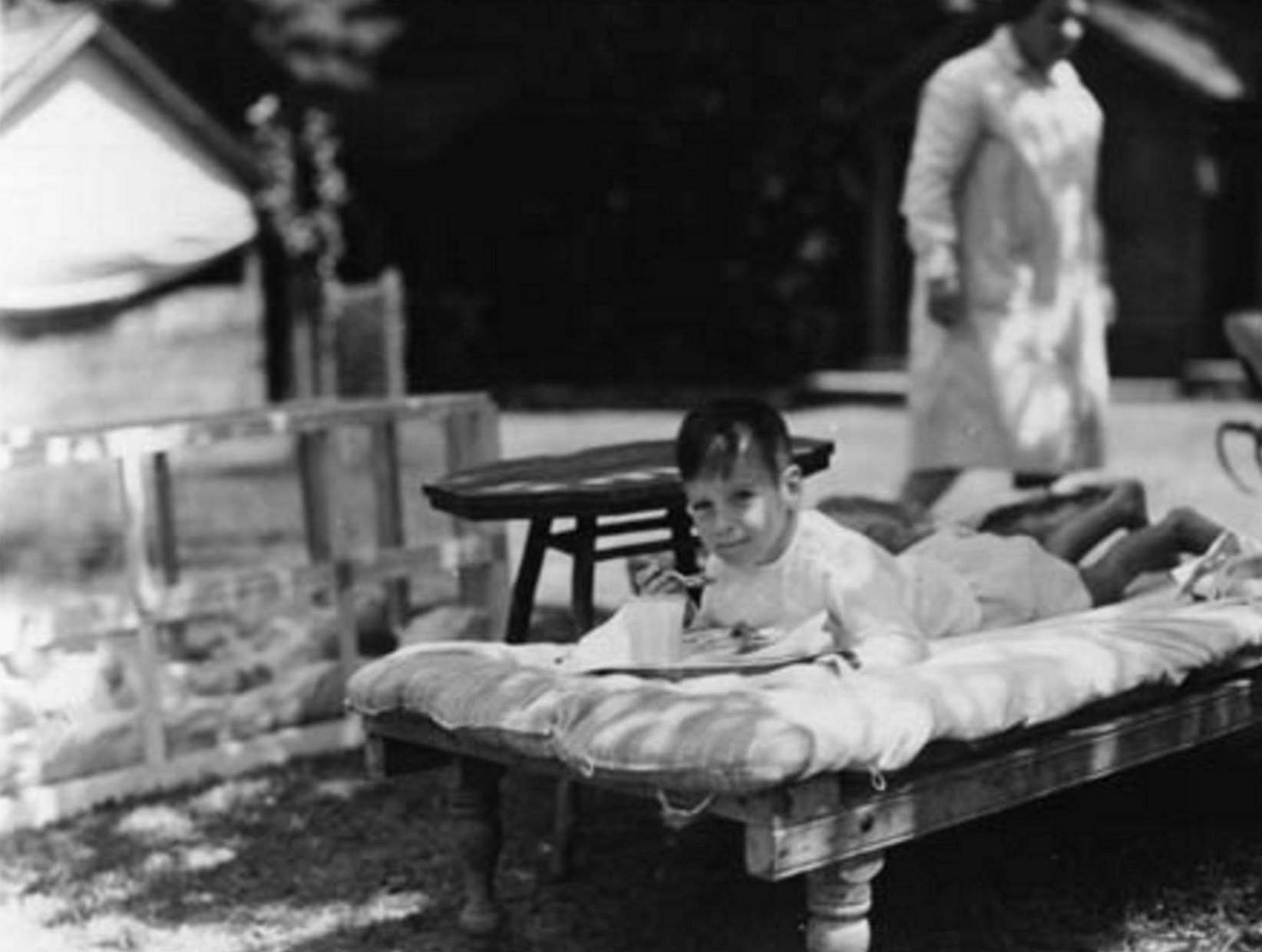 1915-c-Tollendale-Allandale-The gables Summer Camp-...a fresh air patient eating his dinner at 'The Gables Camp'-located off Tollendale Rd (1)
