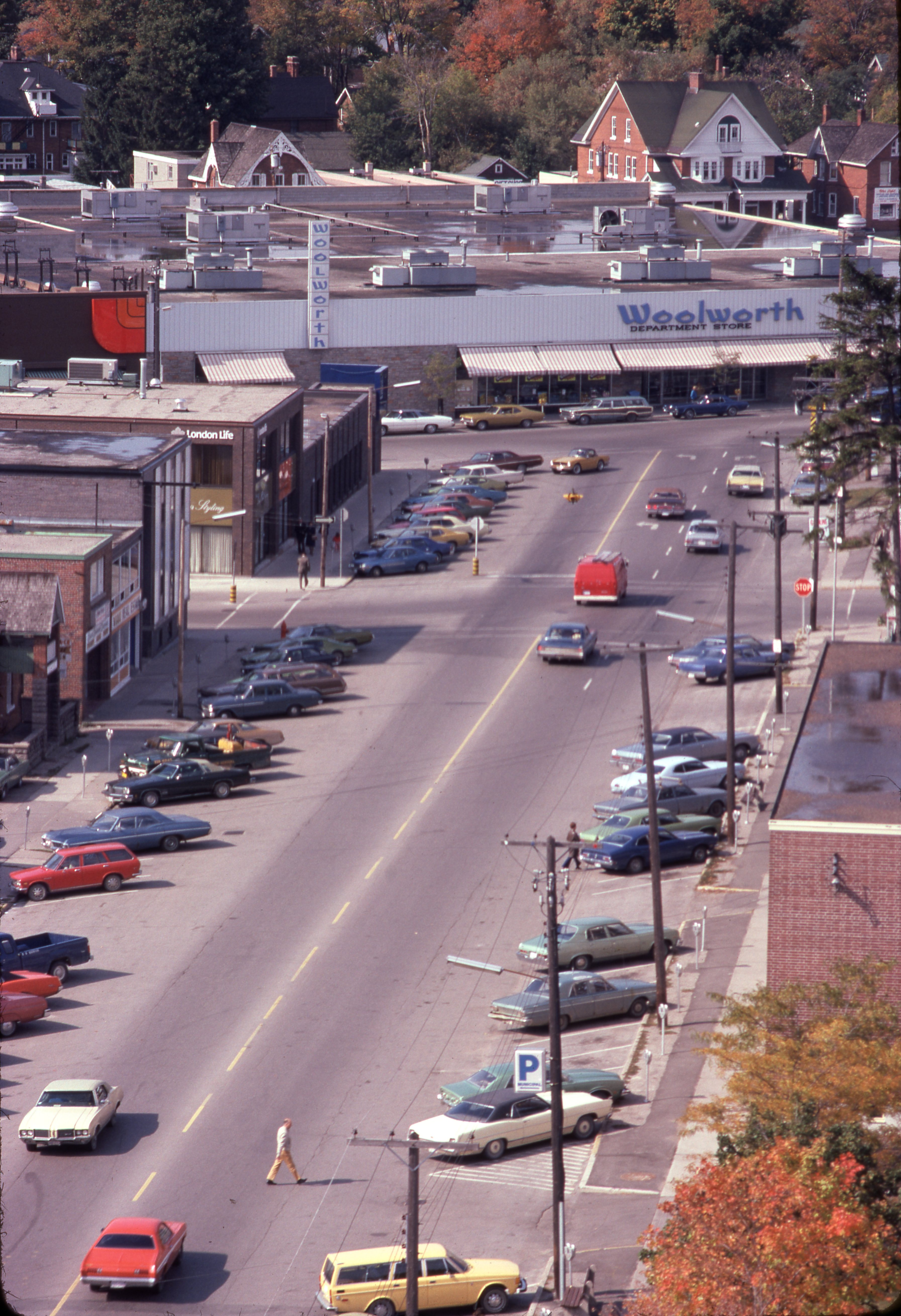 1974-10-Downtown-Looking West down Collier Street towards Woolworth's and Loblaws on Bayfield Street