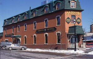 1995-03-15-Simcoe-Hotel-on-Bayfield-Street
